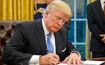ترامپ قبل از سفر به عربستان، تعلیق تحریم های ایران را تمدید می کند